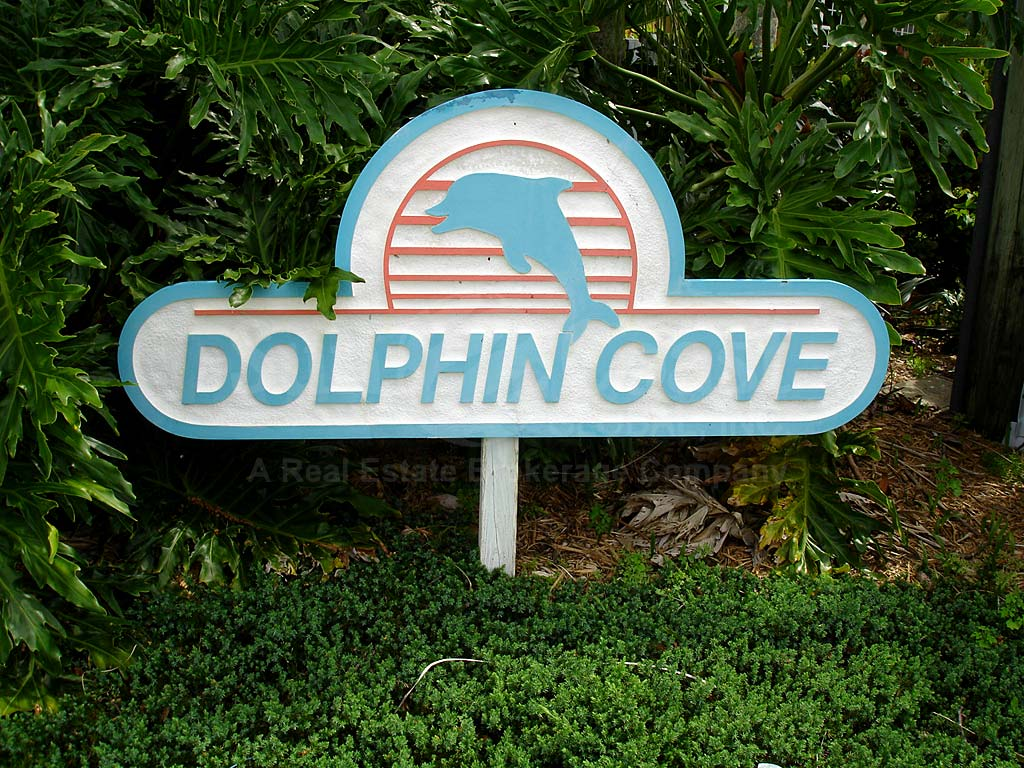 Dolphin Cove Signage