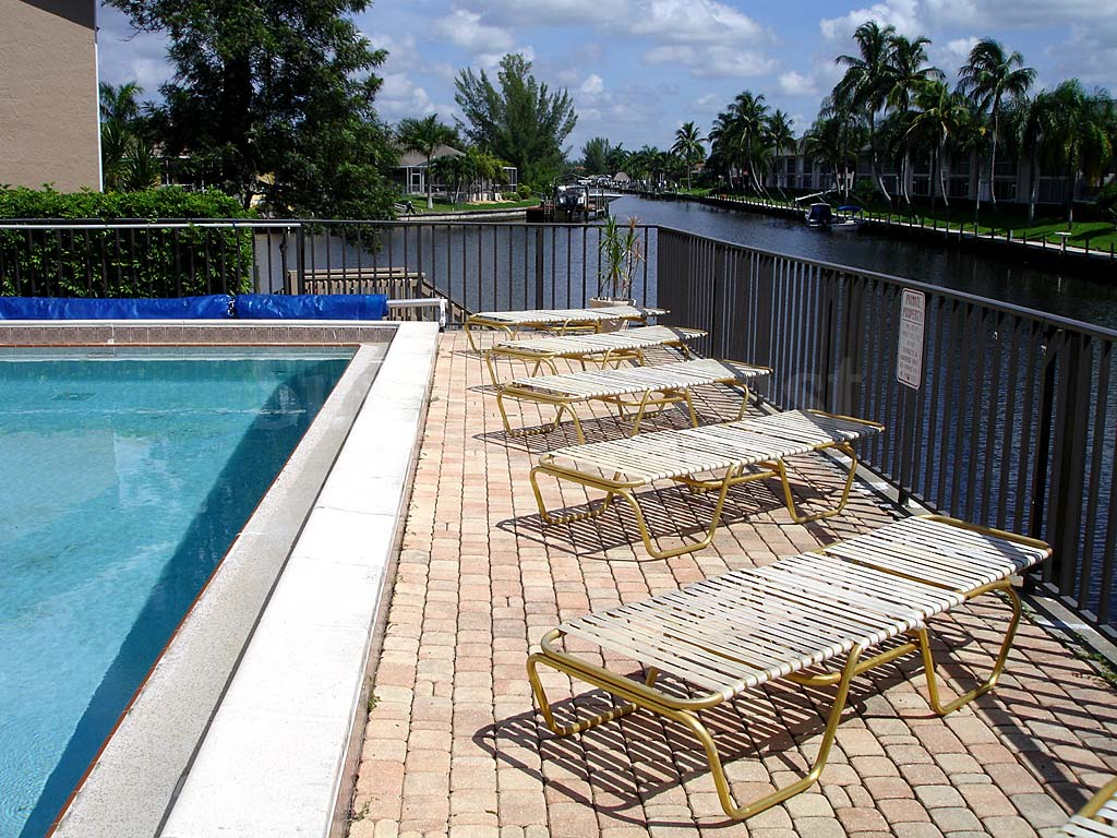Barclay Bay Community Pool and Sun Deck Furnishings