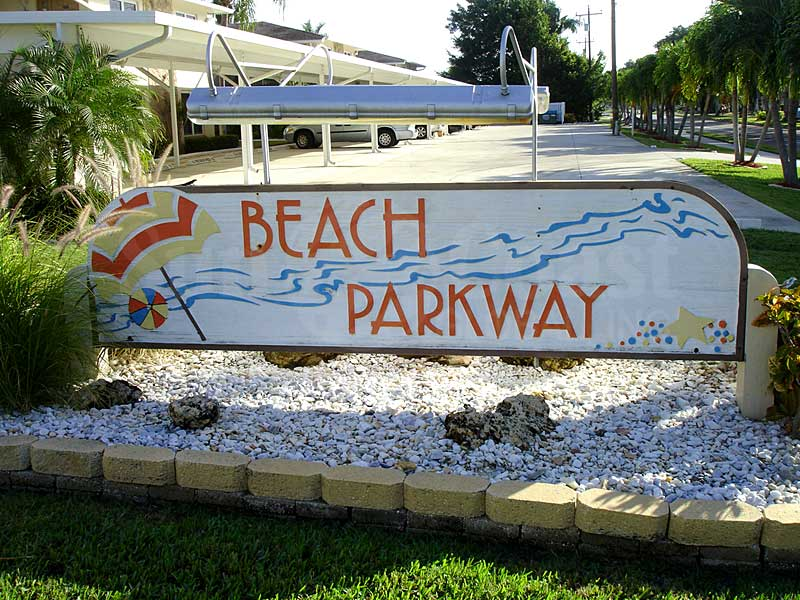 Beach Parkway Signage