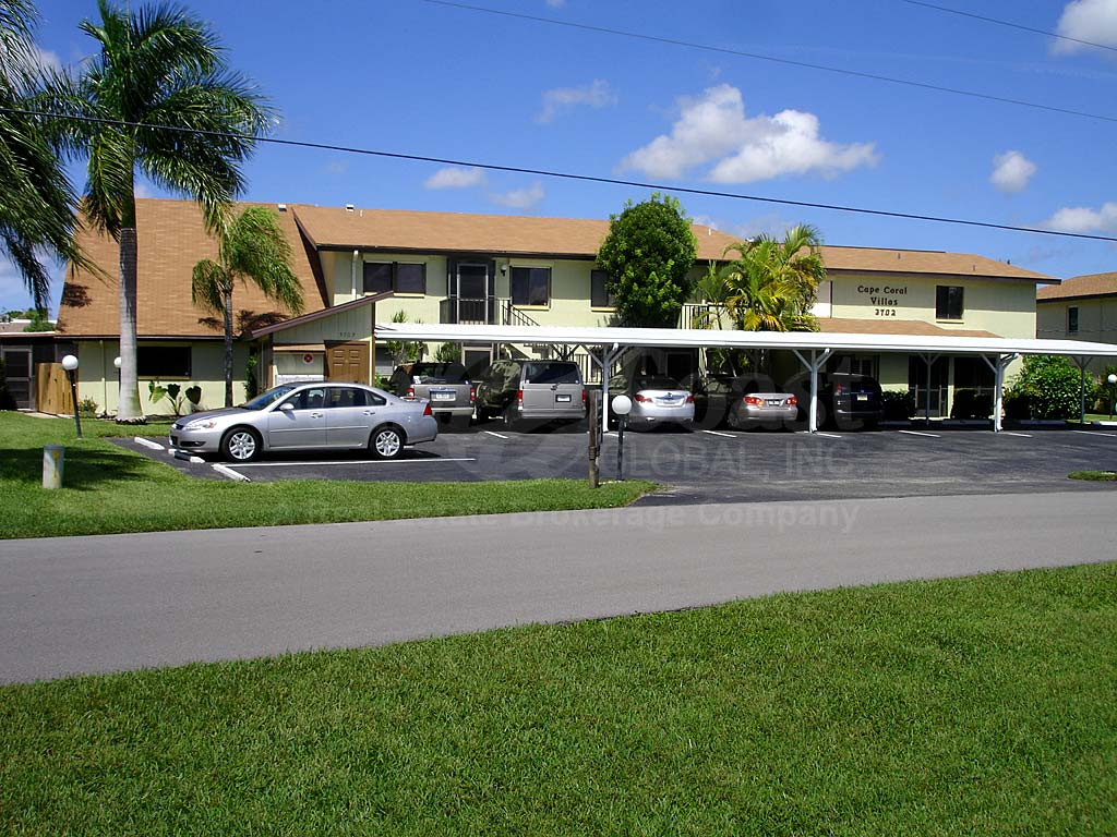 Cape Coral Villas Covered Parking