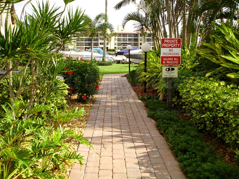 Clipper Bay Walkway
