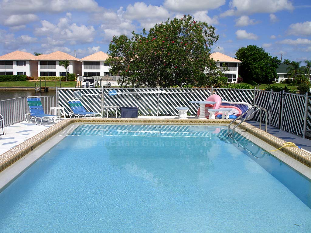 Coastal I Condos Community Pool