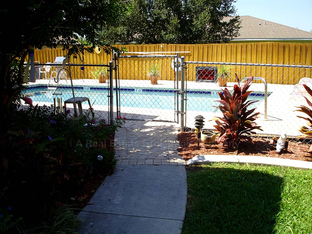 Compass Rose Condo Community Pool Safety Fence
