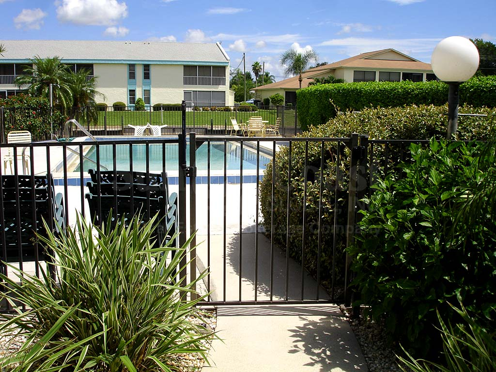 Cor Del Community Pool Safety Fence