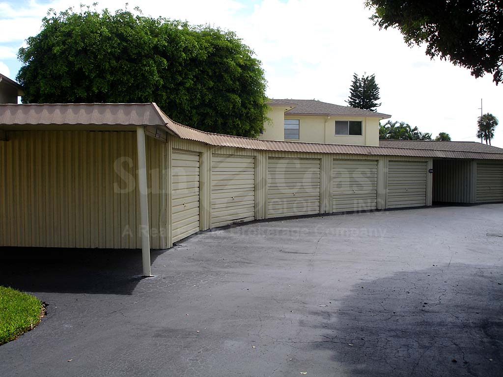 Cor Del Detached Garages