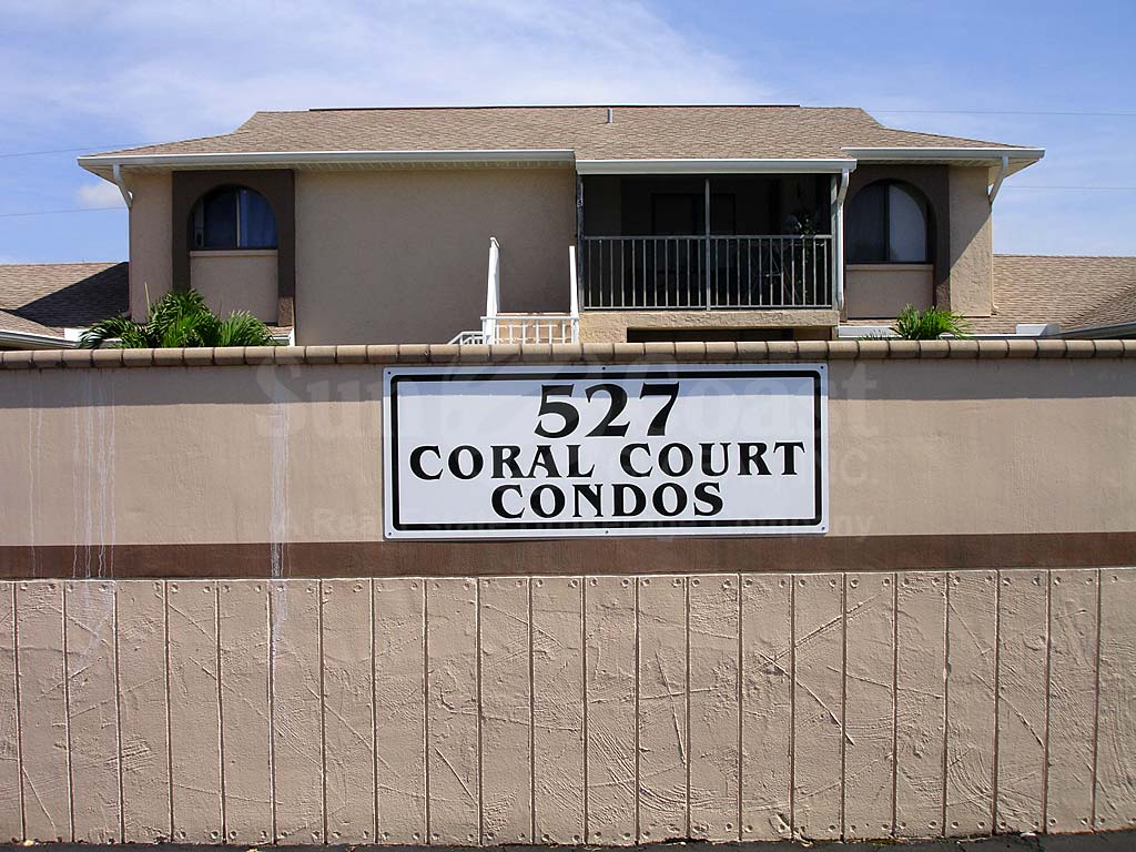 Coral Court Signage