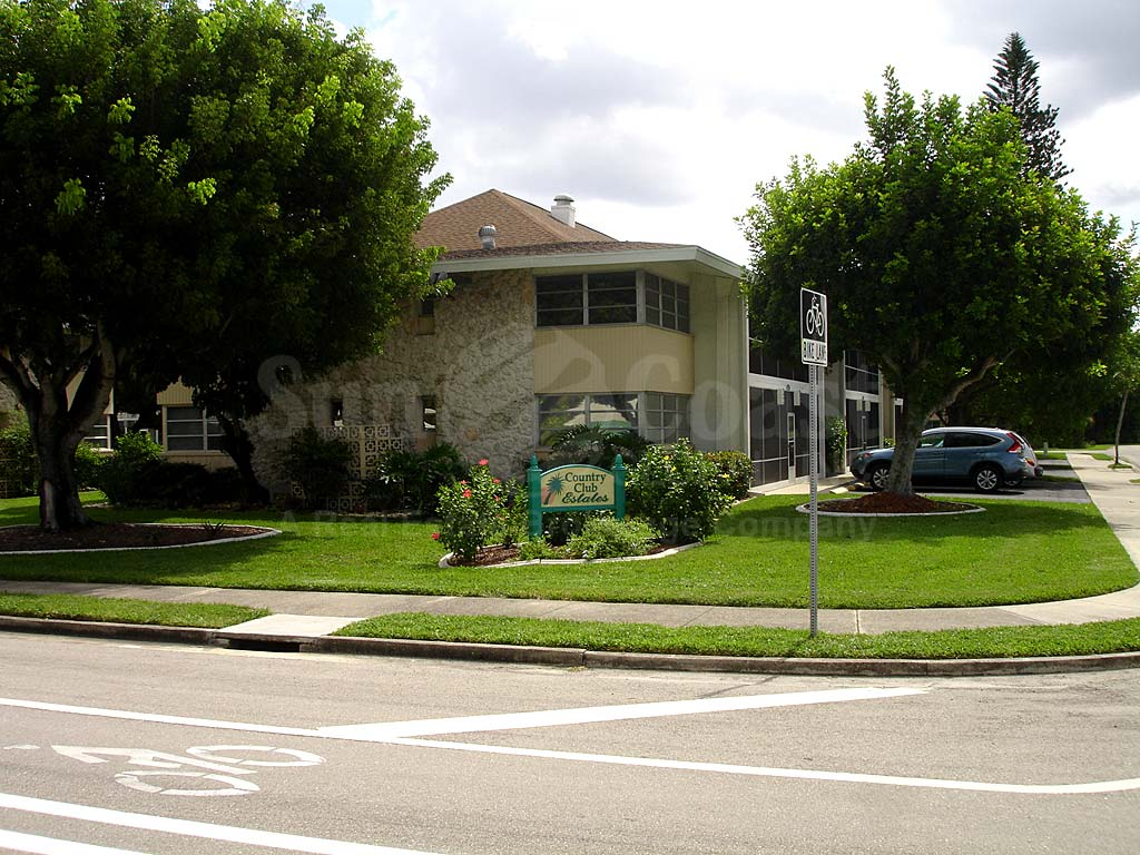 Country Club Estates Street View
