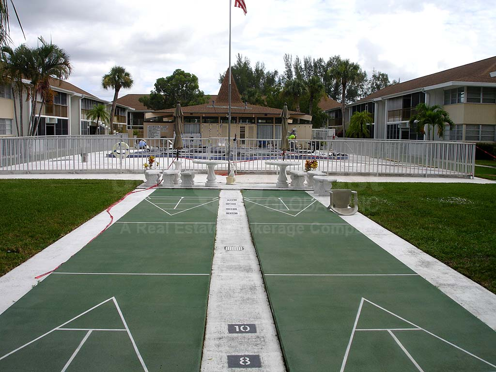 Country Club Estates Shuffle Board