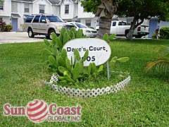 Daves Court Community Sign