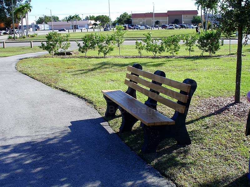 Founders Park Park Bench
