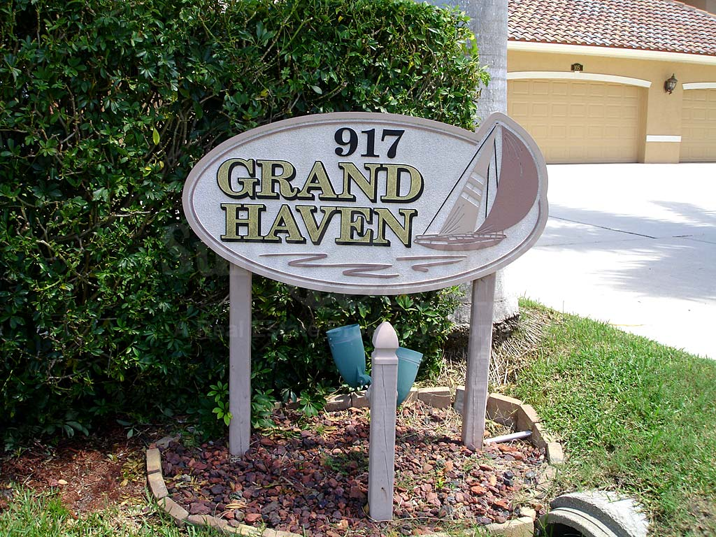 Grand Haven Cove Signage