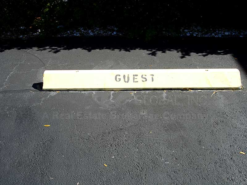 Lord James II Extra Guest Parking