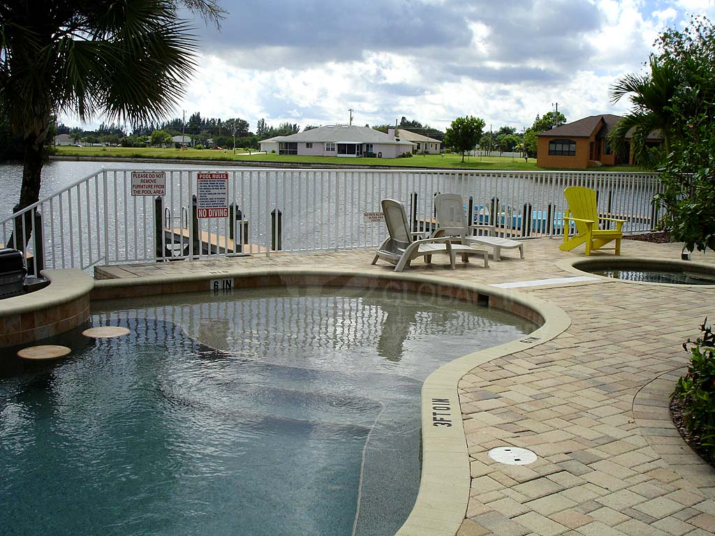 Mandalay Cove Community Pool
