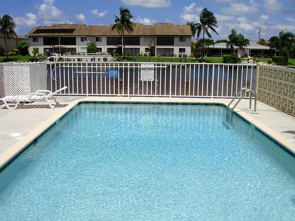 Ocean Isle Rubican Community Pool
