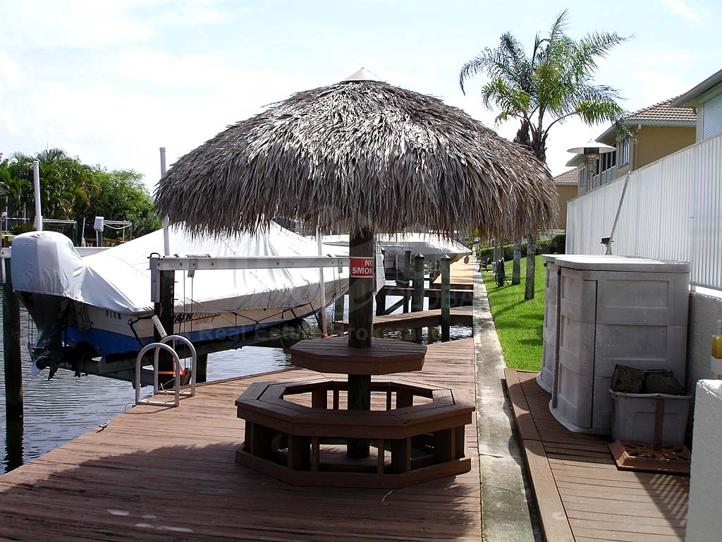 Palmtation Isle Dockside Cabana