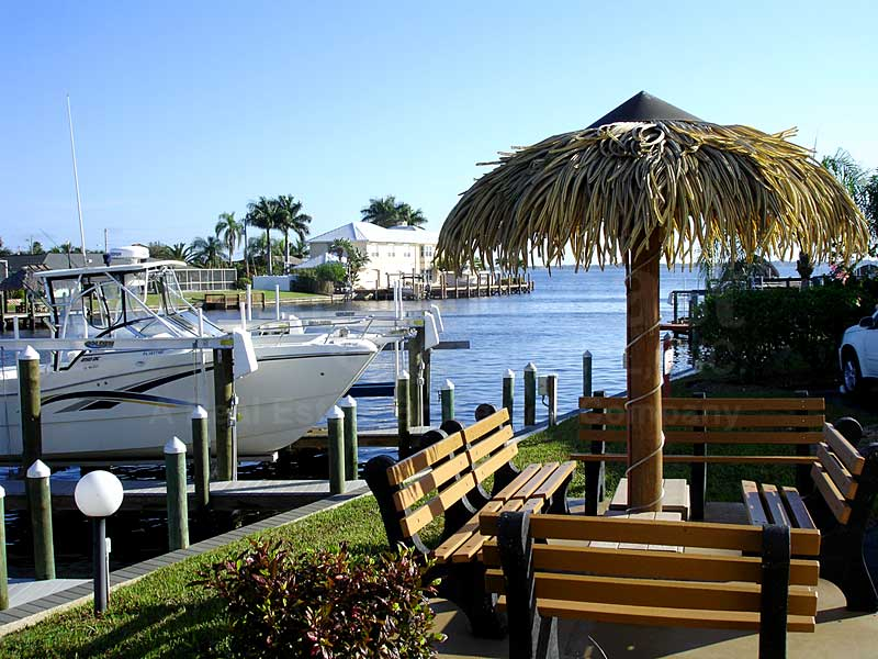 Park View Pointe Dock Cabana