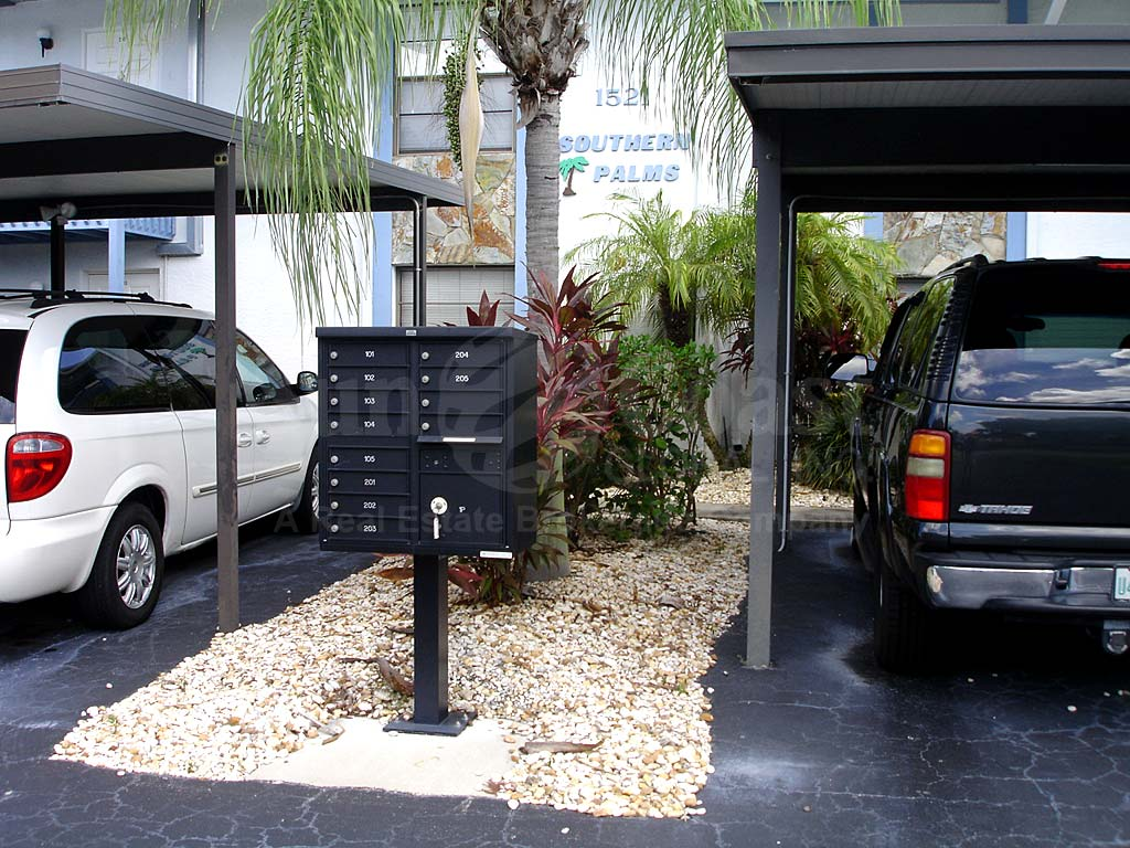 Southern Palms Covered Parking