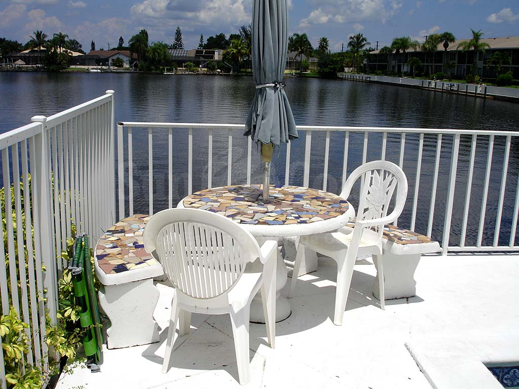Viking Community Pool and Sun Deck Furnishings