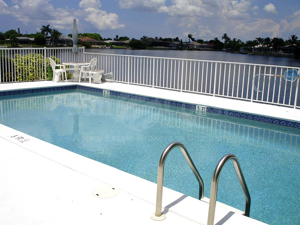 Viking Community Pool