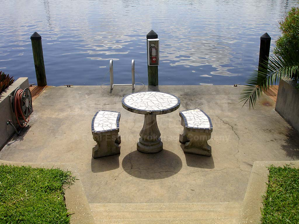 Waterside West Dockside Table