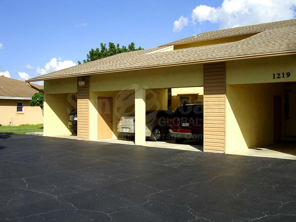 Yorktowne Condo Covered Parking