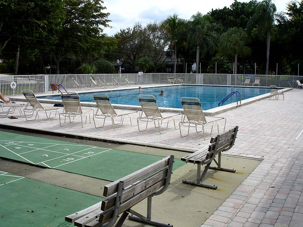 Caloosa Yacht And Racquet Club Community Pool
