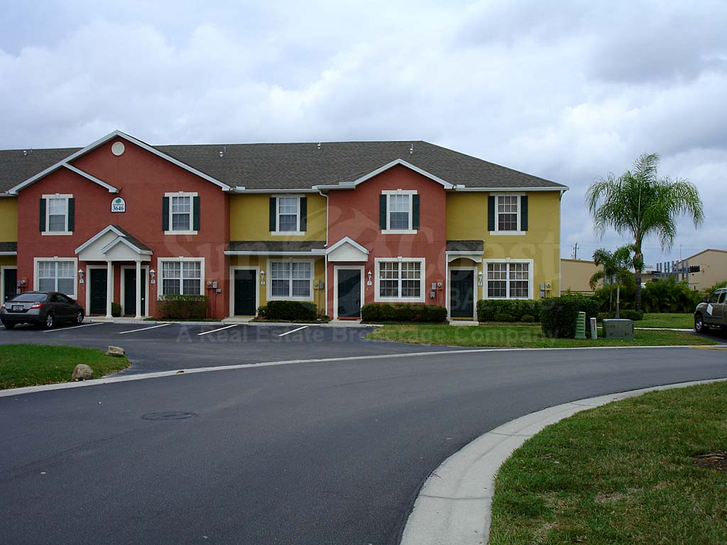 Forest Lake Townhomes Neighborhood
