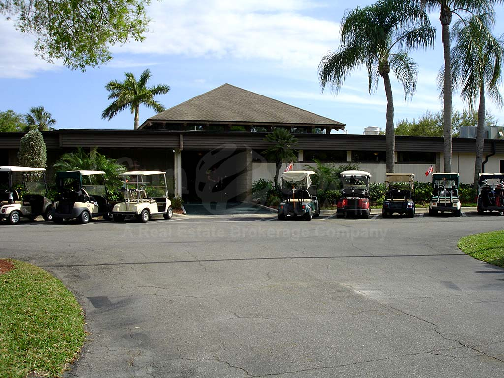 Hideaway Country Club Clubhouse