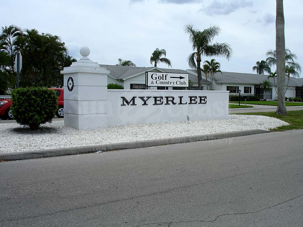 Myerlee Country Club Signage