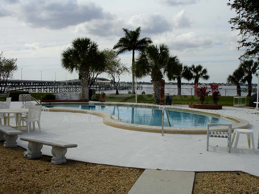Riverside Beach Community Pool