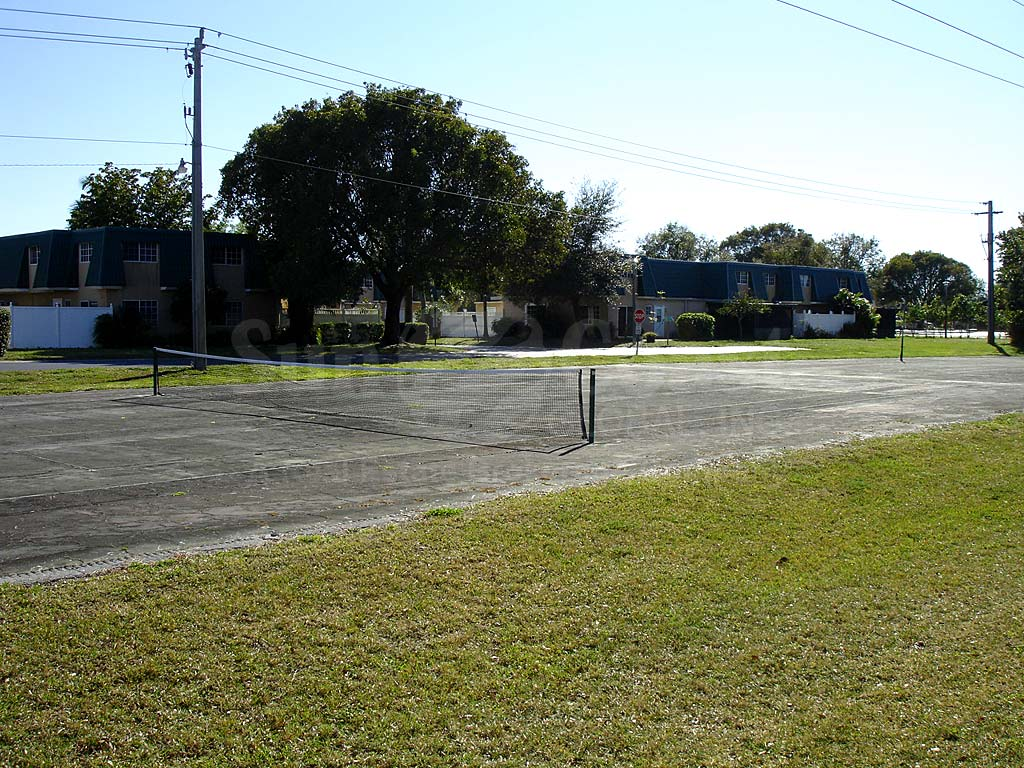 Riverwalk Tennis Courts