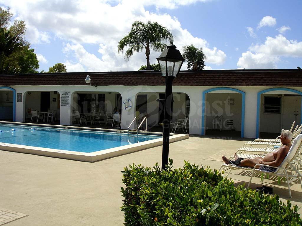 Villa Capri Community Pool