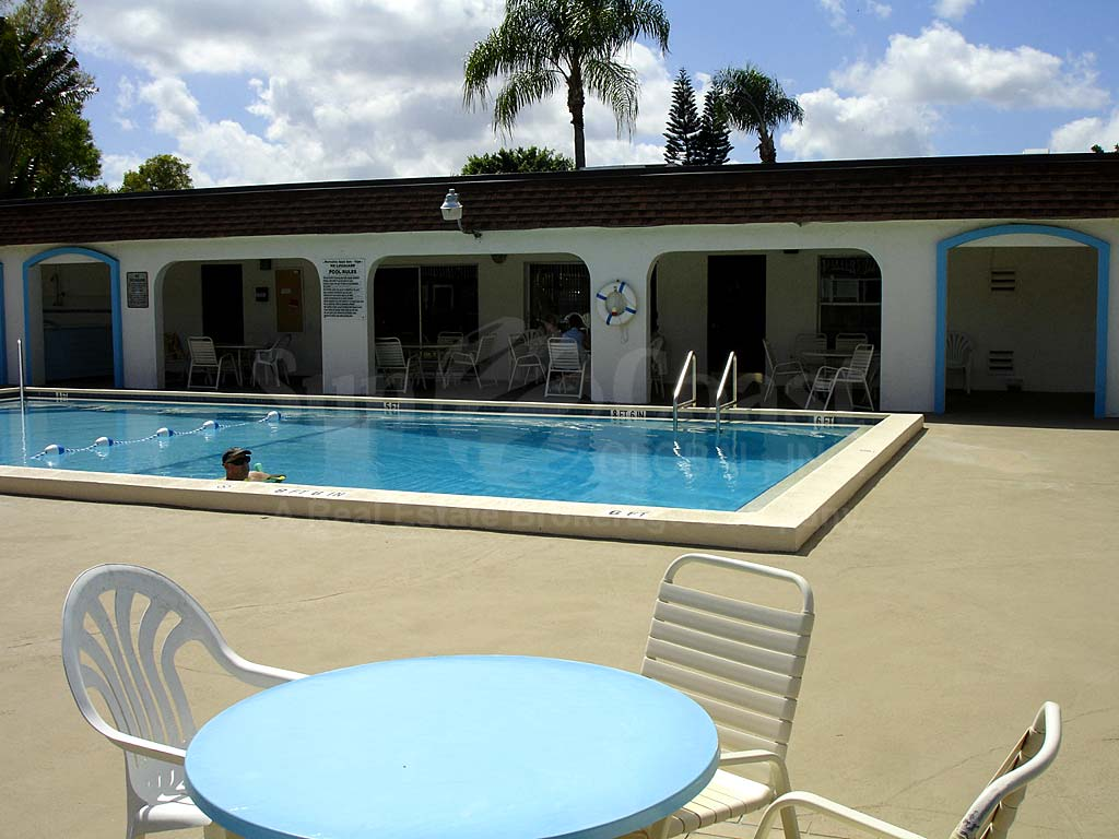 Villa Capri Community Pool and Sun Deck Furnishings