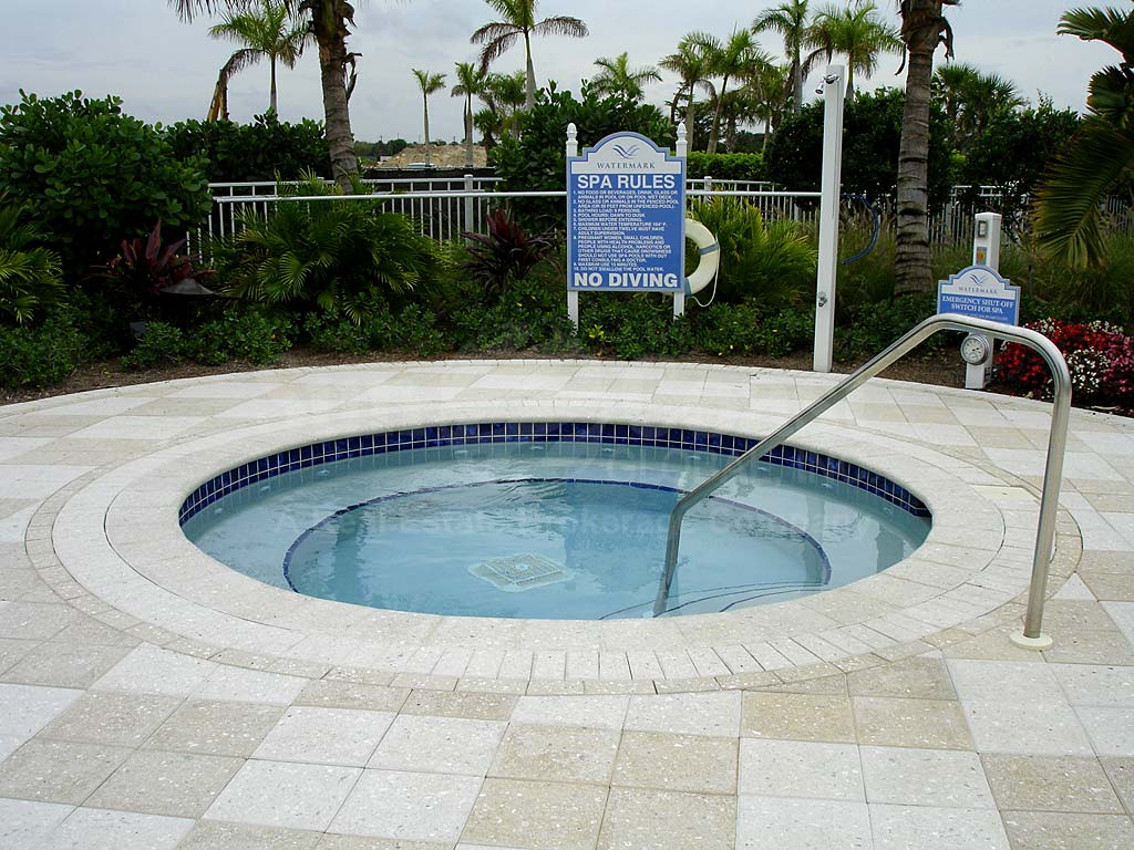 Watermark Community Pool and Hot Tub