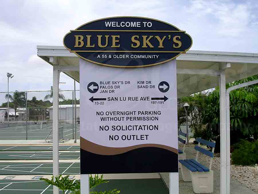BLUE SKYS MOBILE HOME PARK Signage