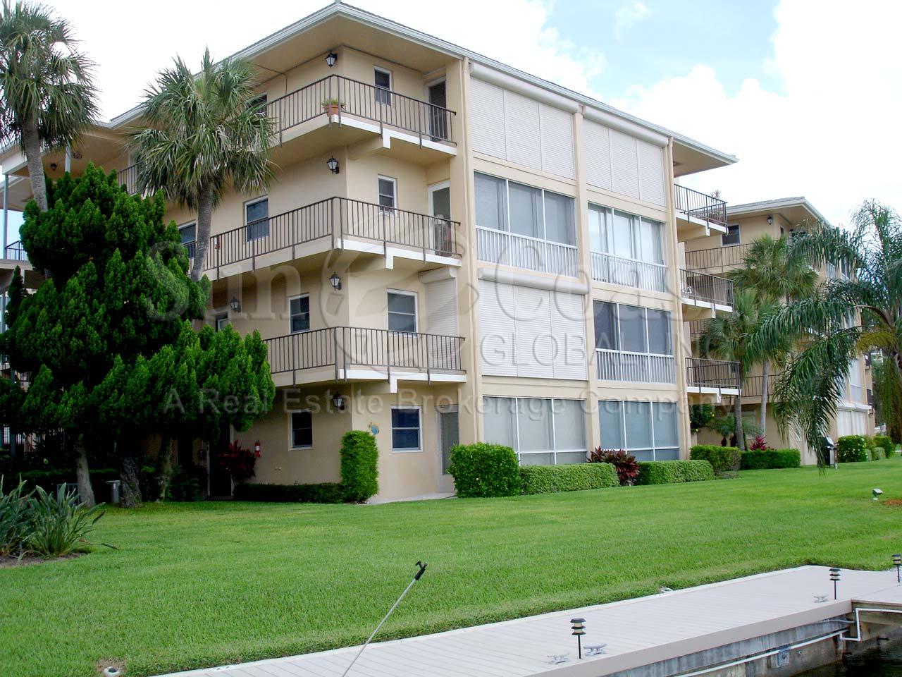 HARBORSIDE GARDENS at MOORINGS Real Estate NAPLES Florida Fla Fl