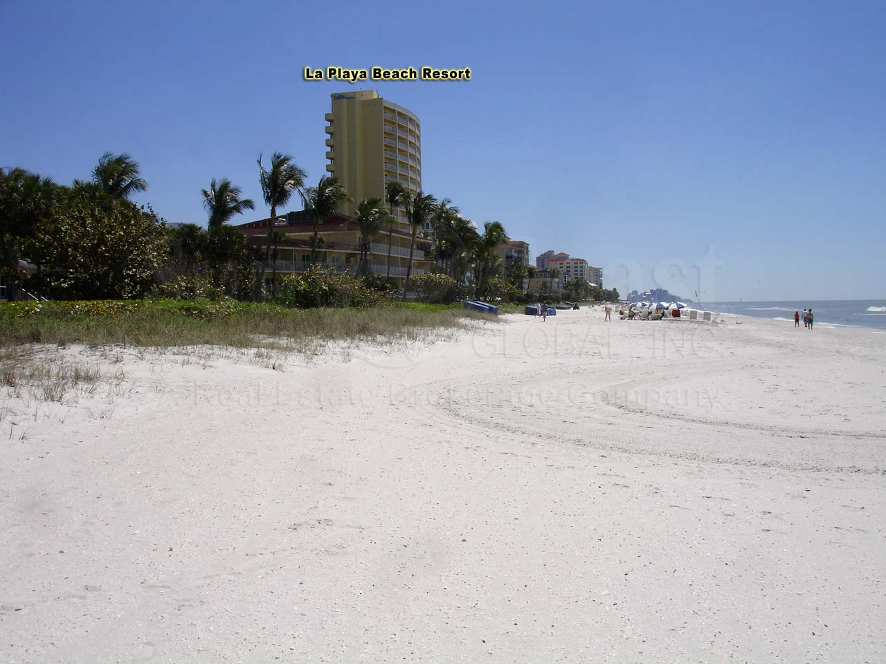 vanderbilt beach Vanderbilt beach is an unincorporated community in collier county, florida, united statesit is located north of the pelican bay census-designated place and west of naples park, along the gulf of mexico.