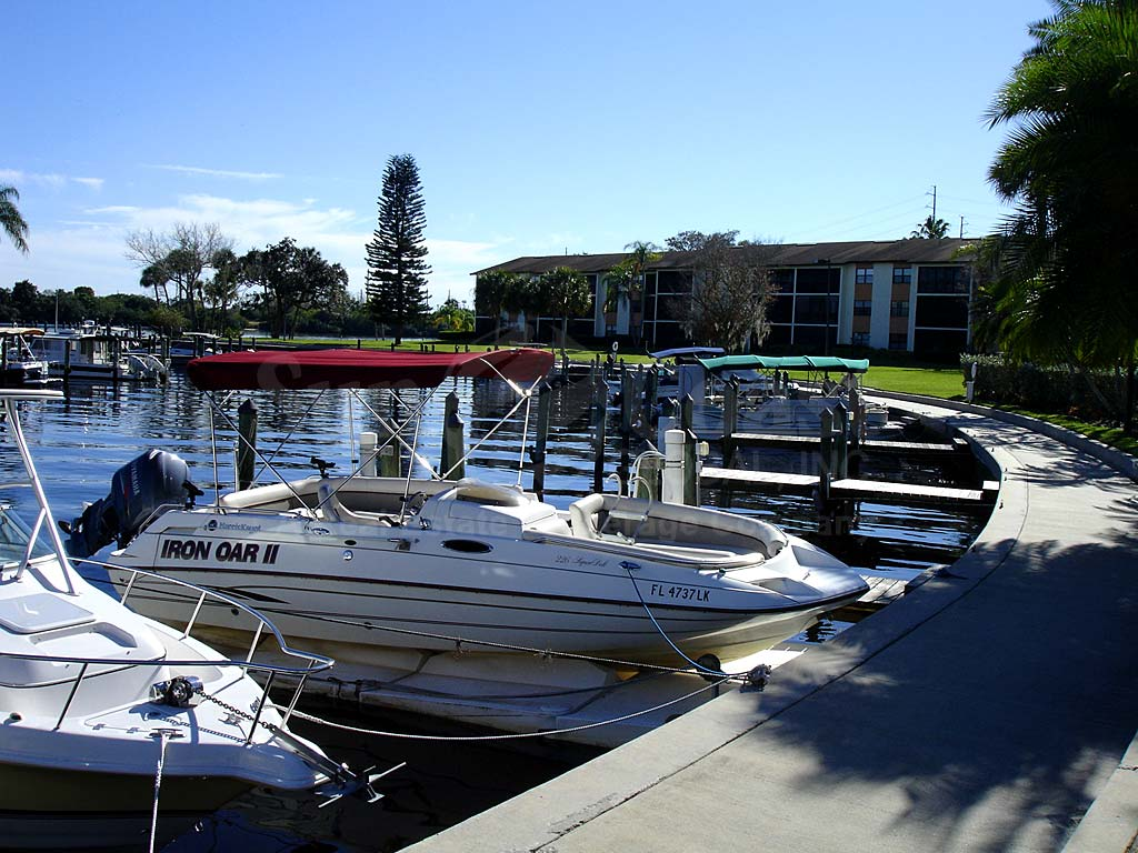 Bay Pointe Yacht And Racquet Club Boat Docks
