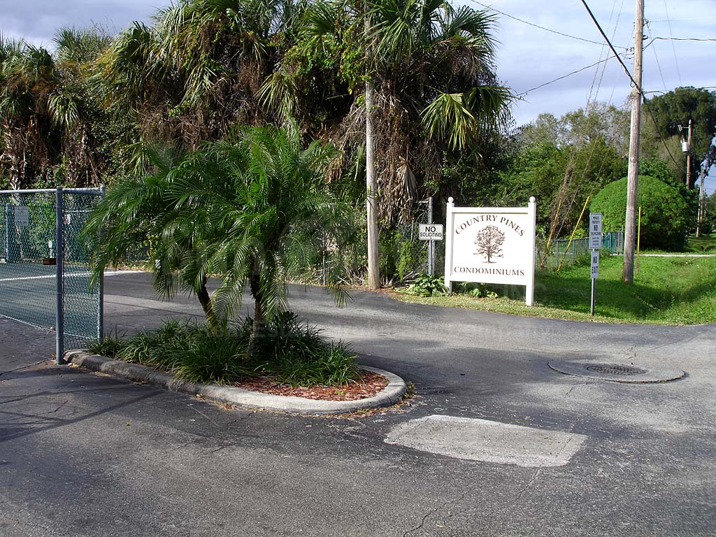 Country Pines Entrance