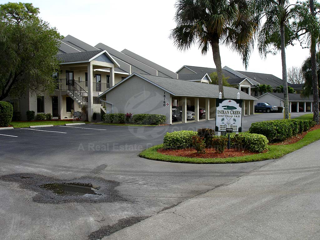 Indian Creek Golf Villas Entrance