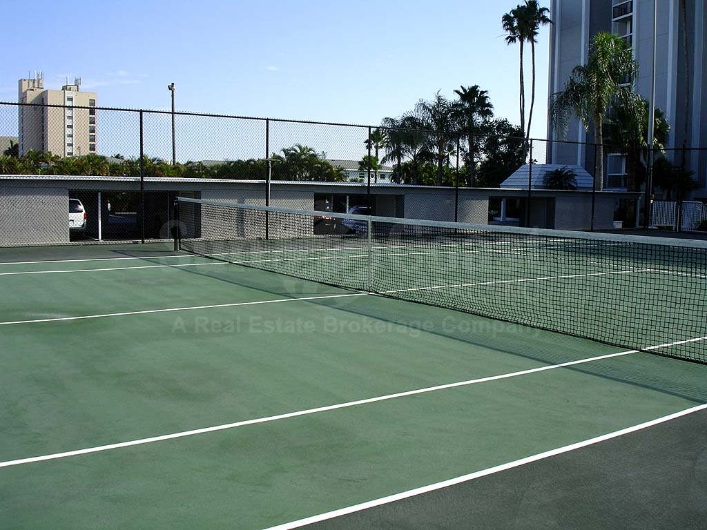 North Shore Place Tennis Courts