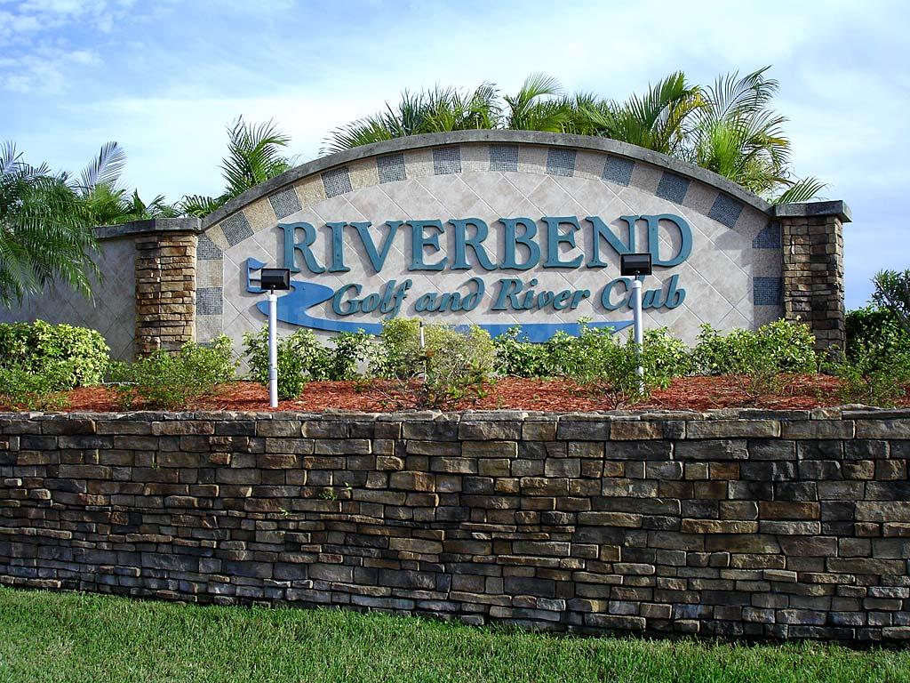 Indian creek golf villas at riverbend real estate north for Riverbend estate