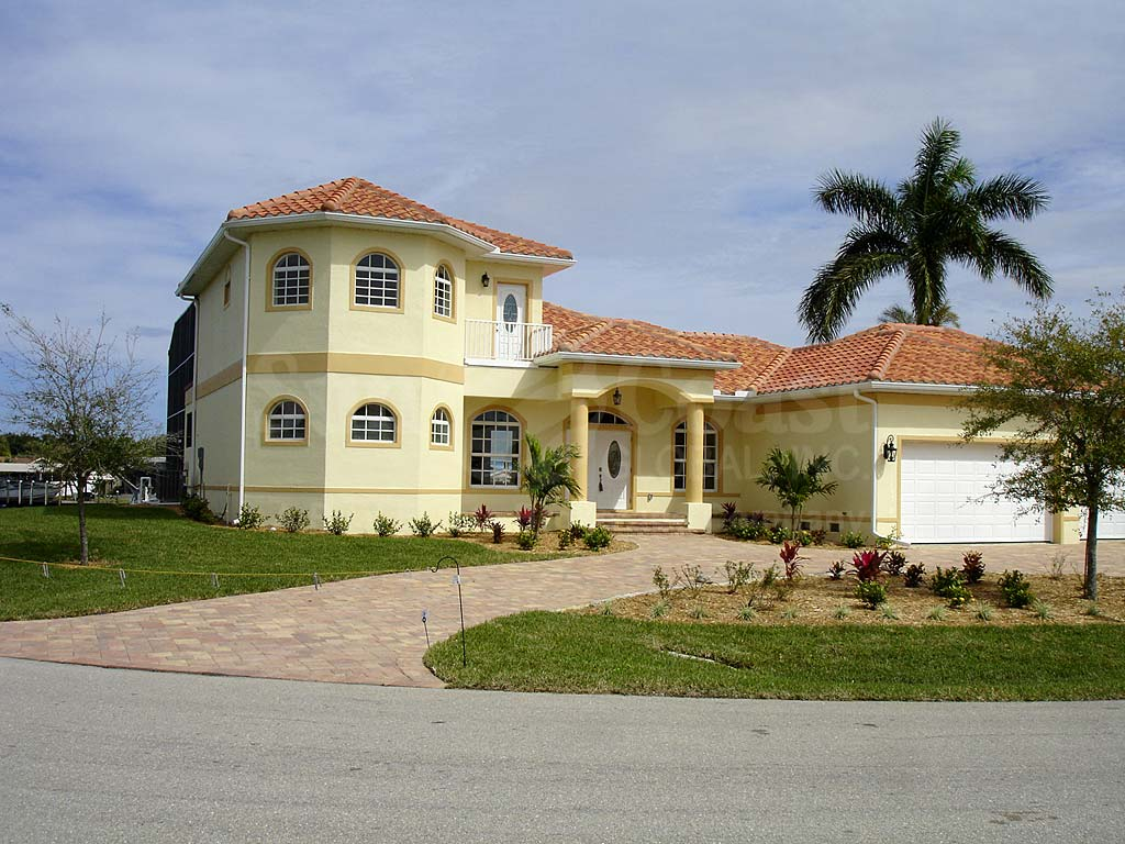 Yacht Club Colony Homes