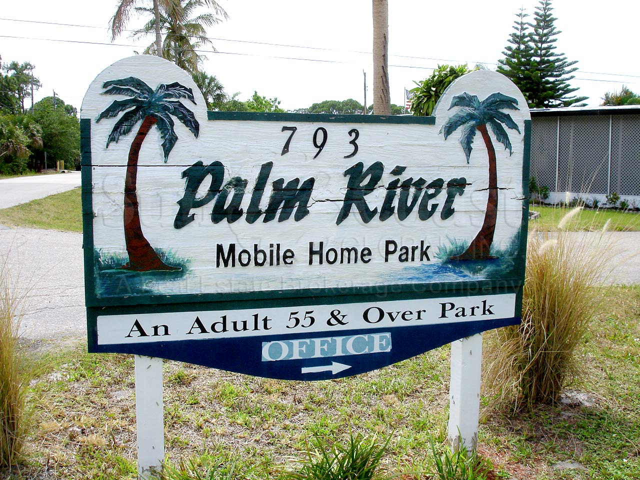 PALM RIVER MHP Signage