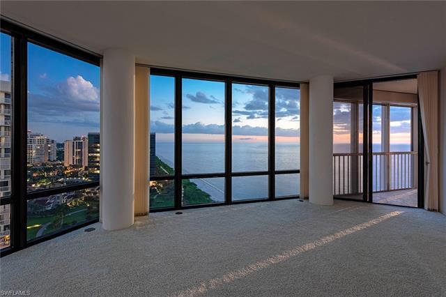 LE PARC at PARK SHORE Real Estate NAPLES Florida Fla Fl